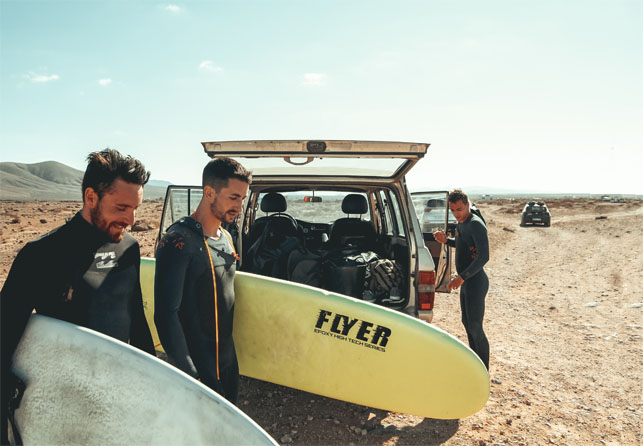 How fun and smart the surf camp holidays is for the travellers?