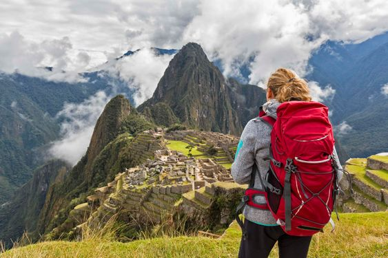 Become a Backpacker to Watch the Whole World
