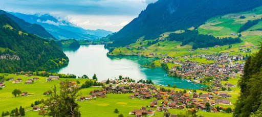 Switzerland is A Paradise Found in Europe!